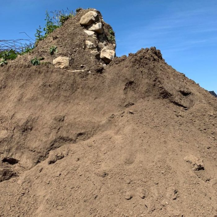 Recycled Grade A Topsoil Loose (per tonne)